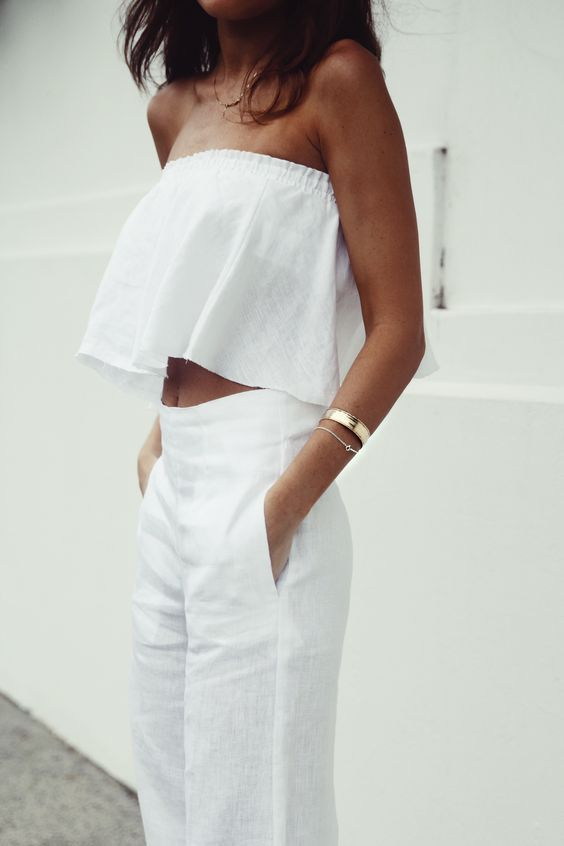 How to wear white this summer mogul for Perfect white dress shirt